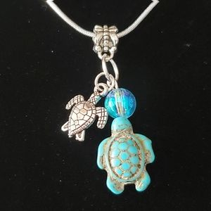 Turquoise Seaturtle .925 Sterling Silver Necklace
